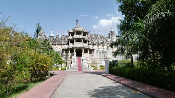 Der bekannte Adinatha - Tempel der Jain´s in Ranakpur.
