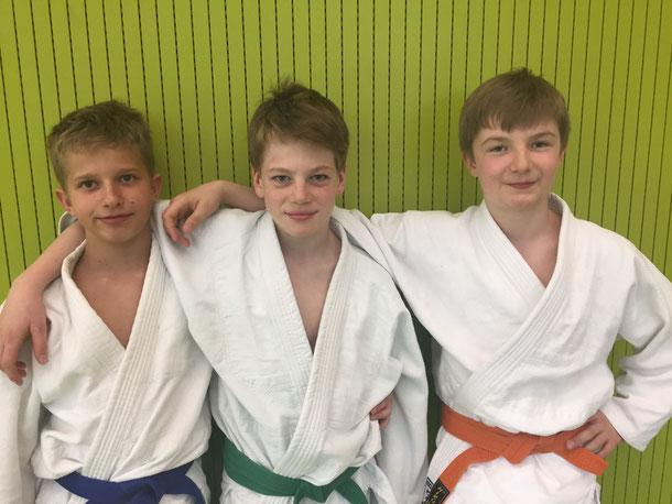 Drei der fünf Kämpfer am Schülerturnier in Altstätten