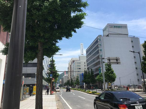 福岡県手乗りインコ小鳥販売店ペットショップミッキン 平成28年5月13日 小倉北区にインコのお迎えに行ってきました。