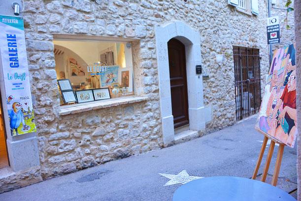 nouvel atelier toujours dans le village de mougins artiste peintre illustrateur mougins. Black Bedroom Furniture Sets. Home Design Ideas