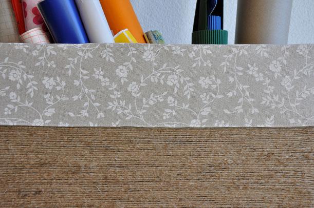 kiste f r geschenkpapier reise selbermacher diy. Black Bedroom Furniture Sets. Home Design Ideas