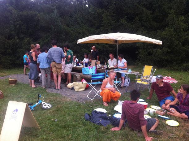 Echange convivial de l'Atelier des Possibles à l'étang des Barthes le 28 août 2016