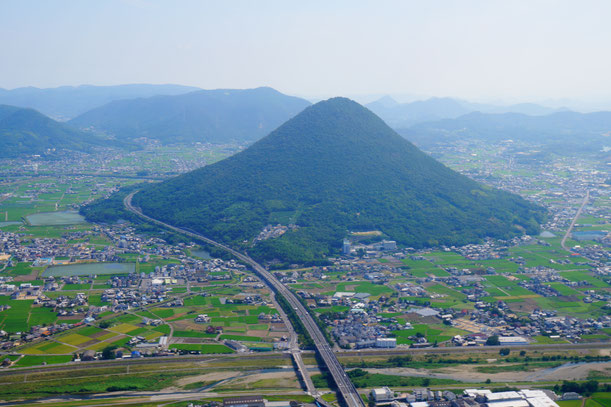 本当に富士山の形にそっくりです。