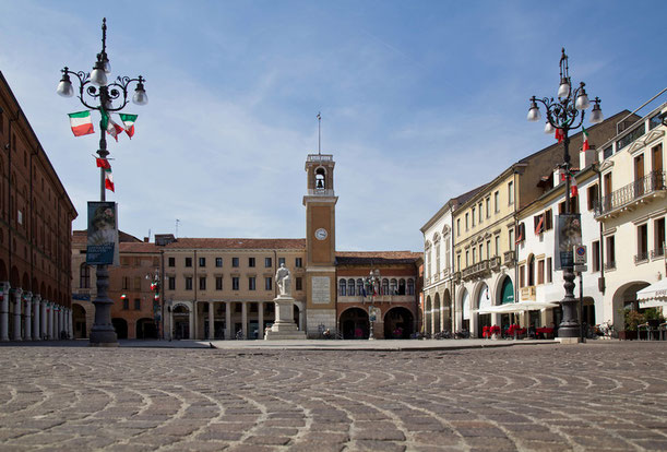 """Il """"salotto"""" di Rovigo, Piazza Vittorio Emanuele"""