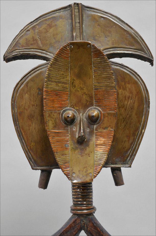 Kota reliquary, Gabon • Wood, copper & iron • Private collection