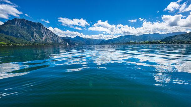 Wunderschöner Traunsee. Idealer Urlaub bei der Bootsvermietung Gmunden. Für die Familie, Paare und Singles.