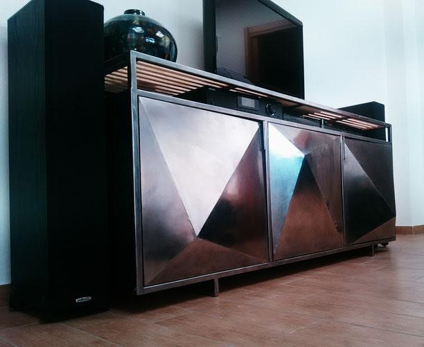 Mobili in ferro milano, Design in ferro Milano, Strutture in ferro milano, Prototipi per designer,arredamento in ferro milano,mobile in ferro