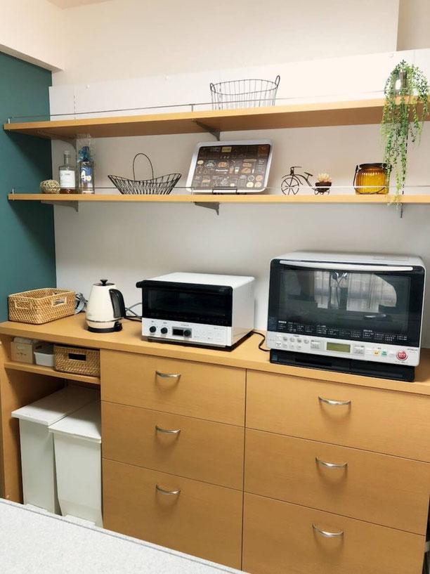 キッチン背面収納 カップボード 飾棚 オーダー家具