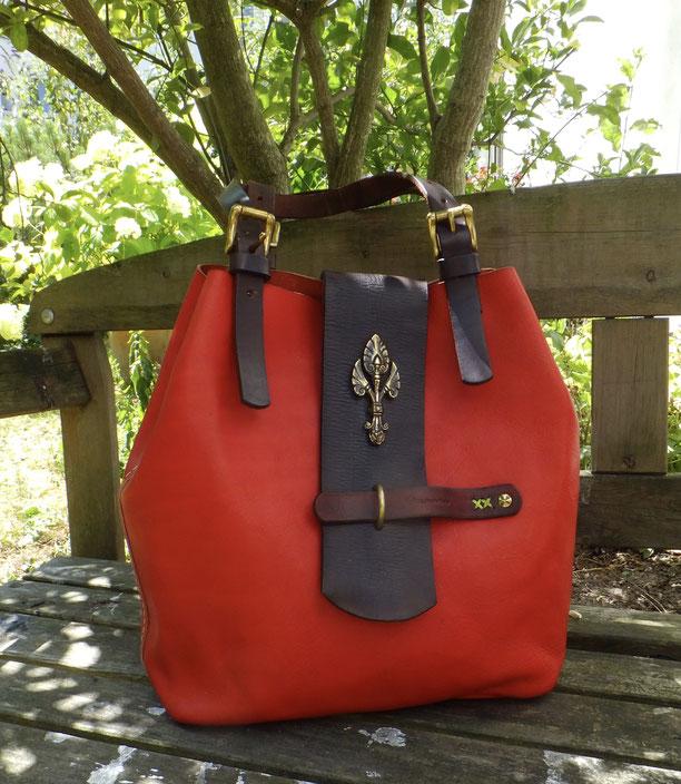 Ledertasche rotes Leder Unikat von Hand genäht