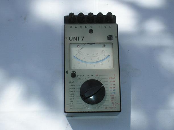 MTM Messtechnik Mellenbach DDR  Multiprüfgerät Typ. UNI - 7  von 1976