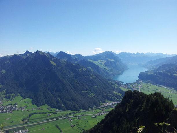 Stathakis - Ihr Rechtsanwalt und Notar im Linthgebiet und Glarus