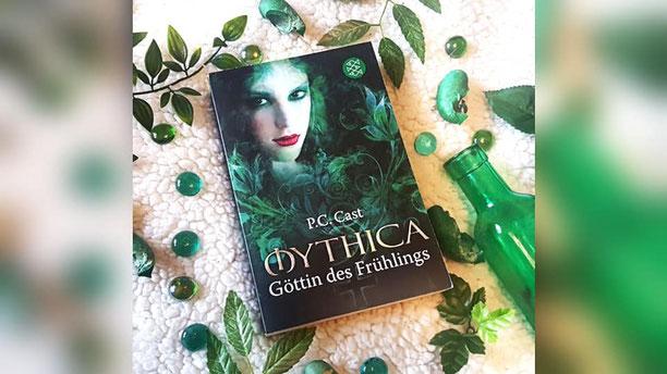 Rezension* P C  Cast - Mythica: Göttin des Frühlings - The