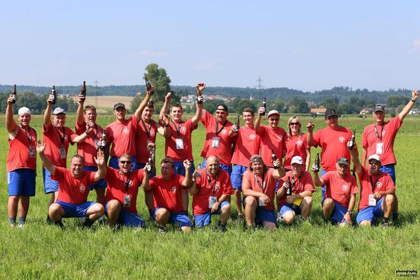 Freude herrscht: 4. Rang und damit ein Trinkhorn am ESAF 2013.