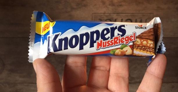 wie schmeckt Knoppers NussRiegel nach halb zehn in Deutschland?
