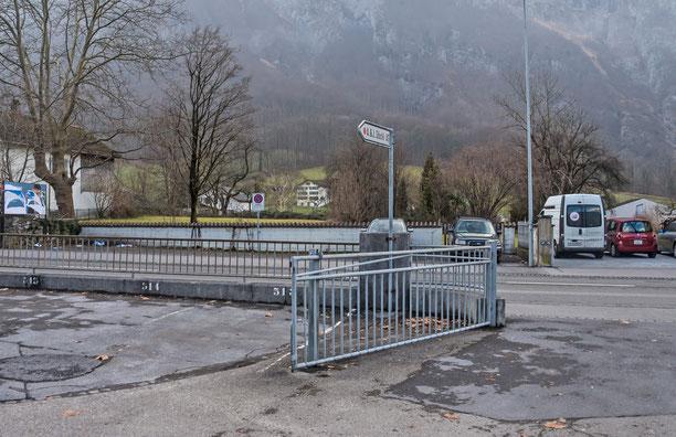 ehem. Wiggishäuser, heute Parkplatz, Koord. 722594 213359