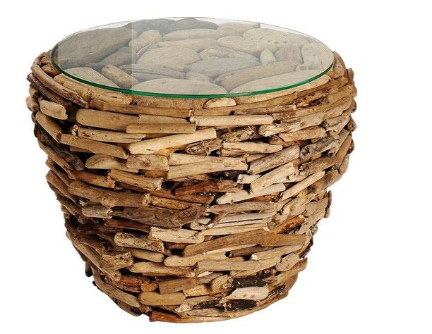 Couchtisch aus naturbelassenem Treibholz - echt cool! Zu finden bei Otto für 249,90€