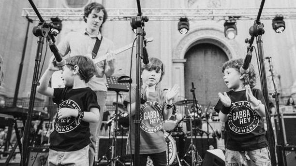 Jóvenes cantantes de la escuela de música Gabba Hey de Granada - IULIANA DRAGOI
