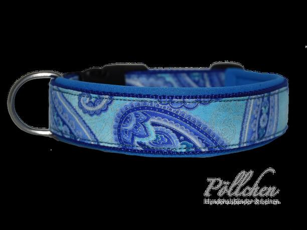 maßgefertigtes blaues Halsband mit Paisleymuster - extra weich dank Neopren