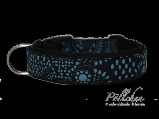 zweifarbiges Halsband für Hunde mit Neoprenunterfütterung auf Maß gefertigt