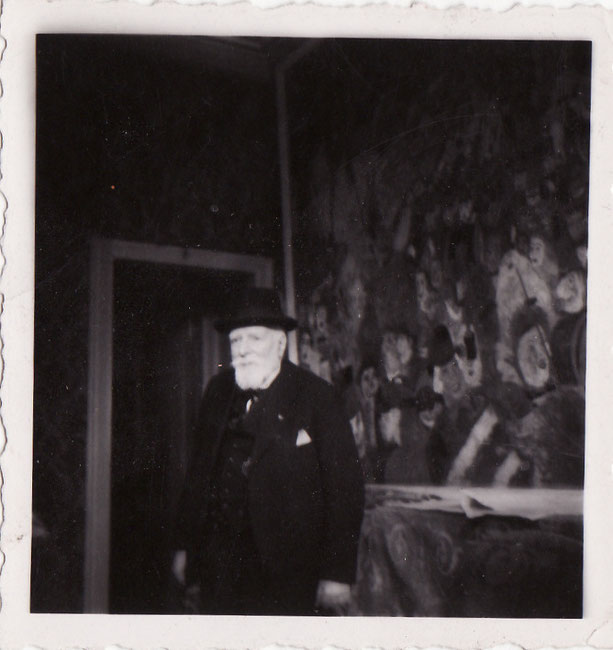 1940年代のアンソールと《1899年、ブリュッセルに入場するキリスト》