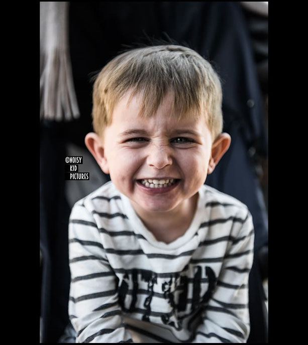 Portrait enfant mode, fashion, casting professionnel dans la ville de Bruxelles, dans la cité de Namur ou du Brabant Wallon en Belgique