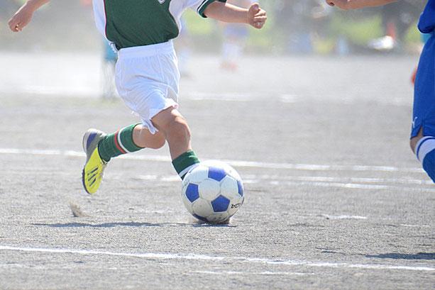 愛知 刈谷 名古屋 こどもの姿勢改善 足元を固めて身体能力アップさせサッカーの試合で活躍したい子ども