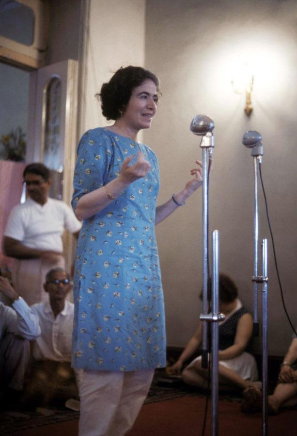 Photo taken by Larry Karrasch, 1969 Last Darshan at Guruprasad, Poona, India