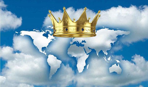 Et moi j'ai établi mon roi sur Sion, ma montagne sainte. Je publierai le décret: Jéhovah m'a dit: Tu es mon Fils, je t'ai engendré aujourd'hui, Demande, et je te donnerai les nations pour héritage, pour domaine les extrémités de la terre.