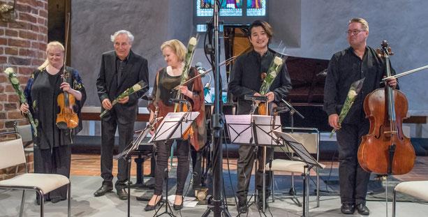 Sonja Korkeala, Ralf Gothóni, Katinka Korkeala, Wen Xiao Zheng, Jan-Erik Gustafson. Foto: P.Bagge