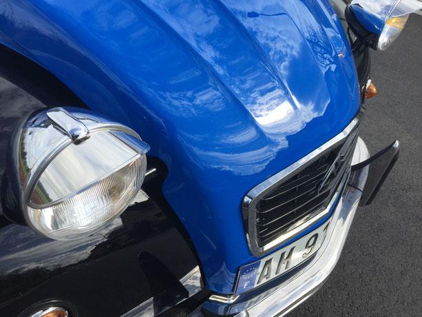 2cv citroen charleston bleu noir excalibur 35x restauration bleue noire phare chromé