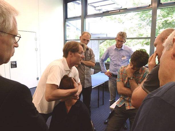 """Hamburg 2013, Norddeutsche Orthopäden- und Unfallchirurgenvereinigung e.V. NOUV 62. Jahrestagung, Workshop """" Sichere und effektive Manipulationstechniken an der oberen HWS"""""""