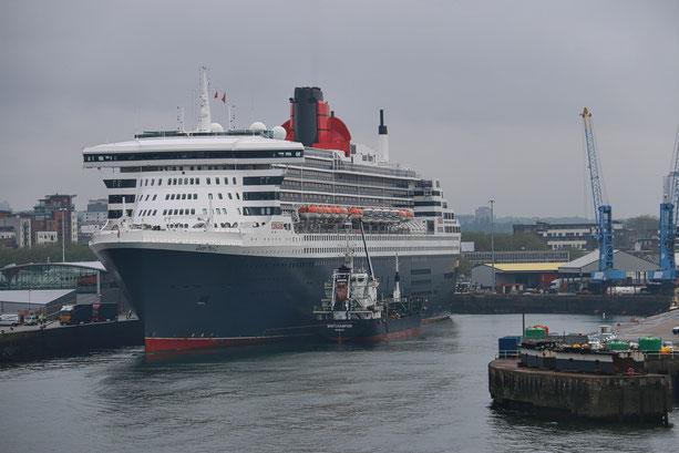 Queen Mary 2 am Ocean Terminal in Southampton
