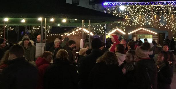 Weihnachtsmarkt der Feuerwehr 2016