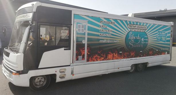 Liberty Saveurs food truck Mâcon. Food truck rôtisserie. Food Truck Belleville sur Saône. food truck boeuf bourguignon plats traditionnels. rôtisserie lyon. rôtisserie ambulante rhône. rôtisserie ambulante Ain. rôtisserie ambulante saone-et-loire