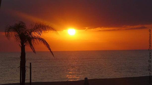 Abendstimmung an der Algarve, Blick vom Hotel in  Quarteira.
