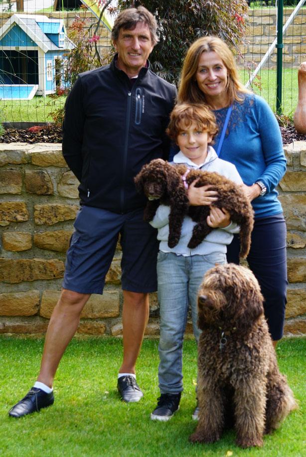 Fosca va chez sa famille au Luxemburg