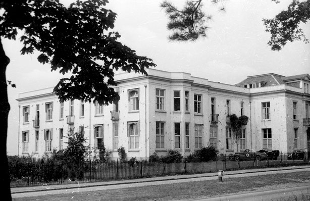 10 July 1946, Rosorum at Amsterdamseweg, 233, Arnhem, used between 1945-1955 as Emergency Hospitaal (Gelders Archief 1533-5403)