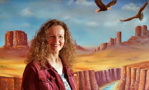 Michaela Dengler - Foto - Portrait - Inhaberin Kunstatelier