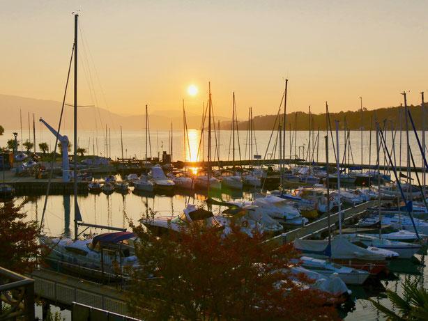 Italien : Hafen von Salo am Gardasee