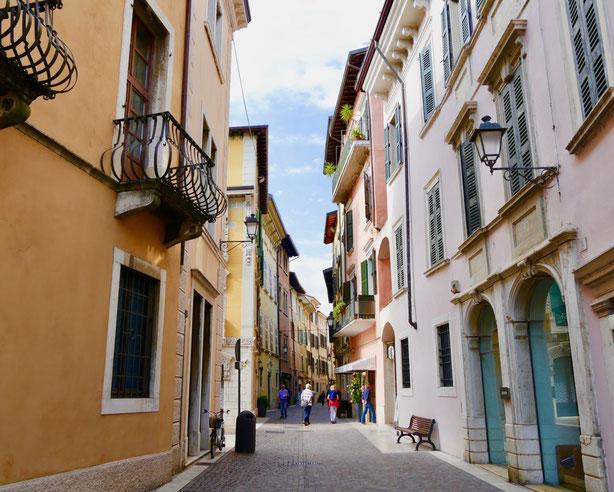 Altstadt Einkaufsmeile Salo Gardasee