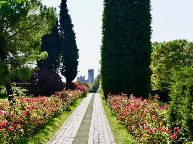 Rosenallee Park Sigurta Italien