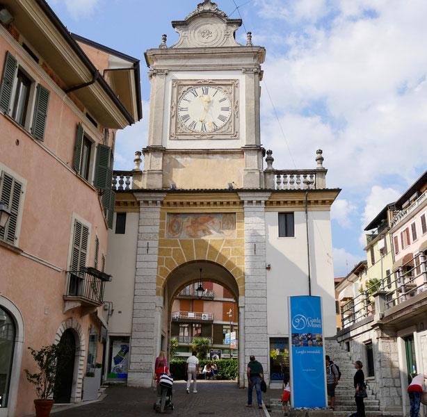 Italien Reise: Salo Uhrturm Gardasee