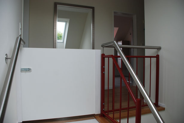 Treppenhaus Obergeschoss mit Kindersicherung