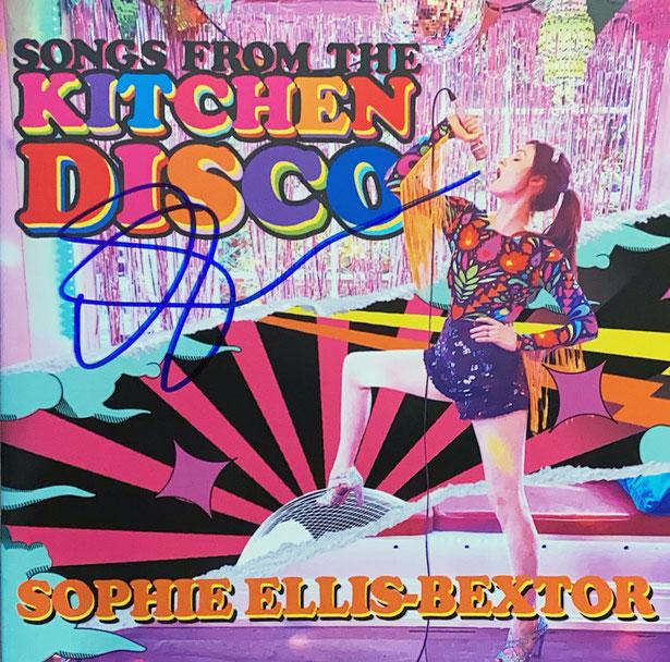 Autograph Sophie Ellis-Baxtor Autogramm