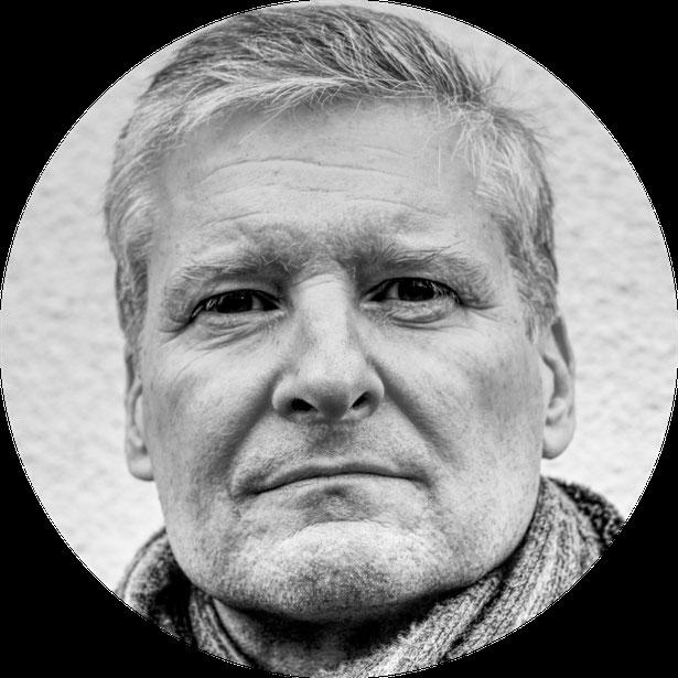 Der Autor Hans Herrmann während einer kleinen Schreibpause.