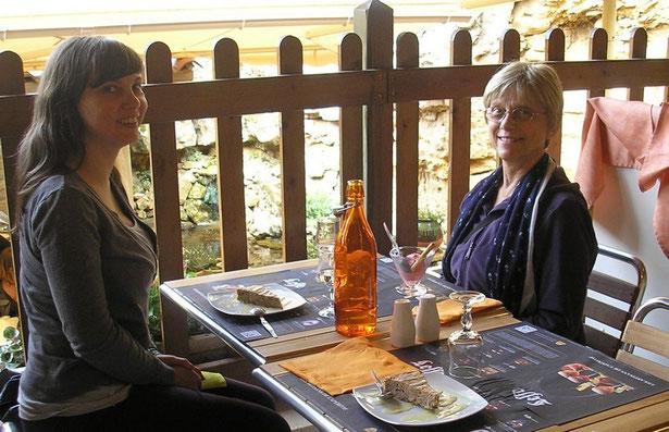 "Restaurant ""Le Patio' à la Roche Gageac"