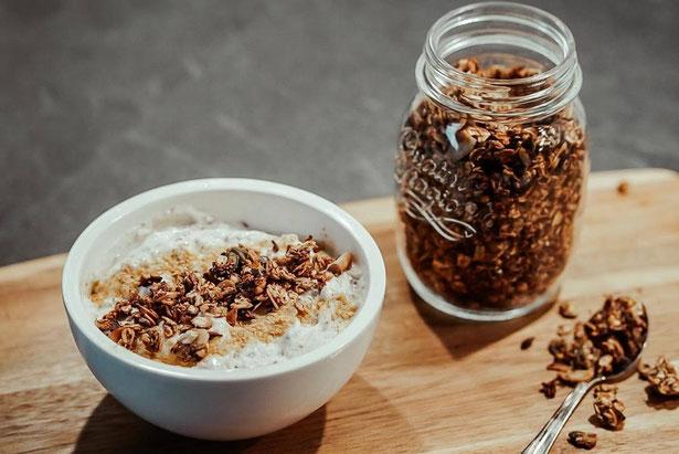 Bananen-Granola | natürlich gesüßt  & gesund