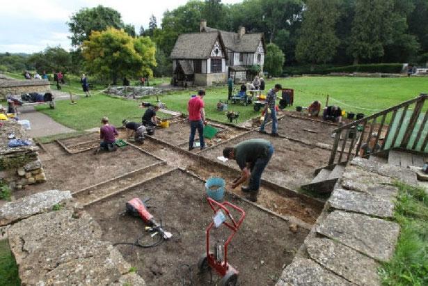 Photo : Mosaïque romaine découverte en Angleterre. Credit : Gloucestershire Echo