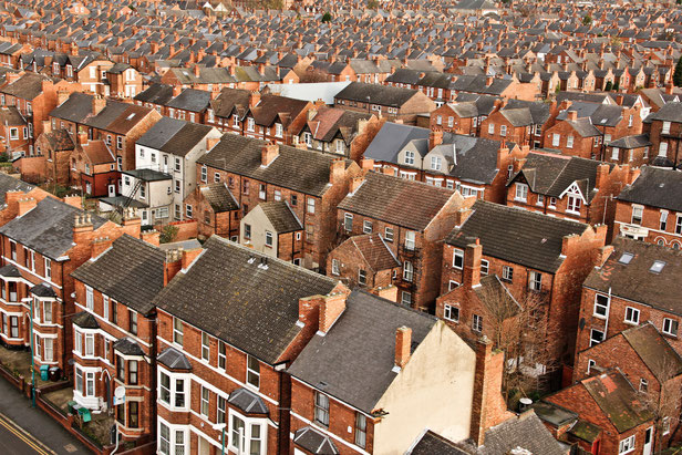 © Photo: Natesh Ramasamy (Victorian Houses, Nottingham - under CC BY 2.0)