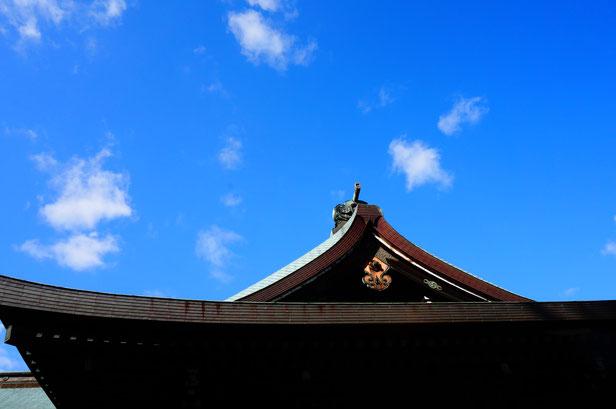 吉備津彦神社にはいつも日の丸が掲げられています。